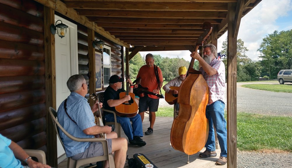 Bluegrass music players at Cool Breeze Campground
