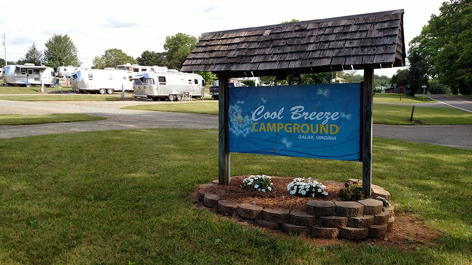 Image of Cool Breeze Campground front entrance sign